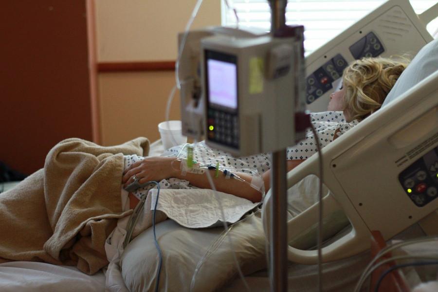 ForPost - Новости : Названы симптомы коронавируса, повышающие риск смерти в шесть раз