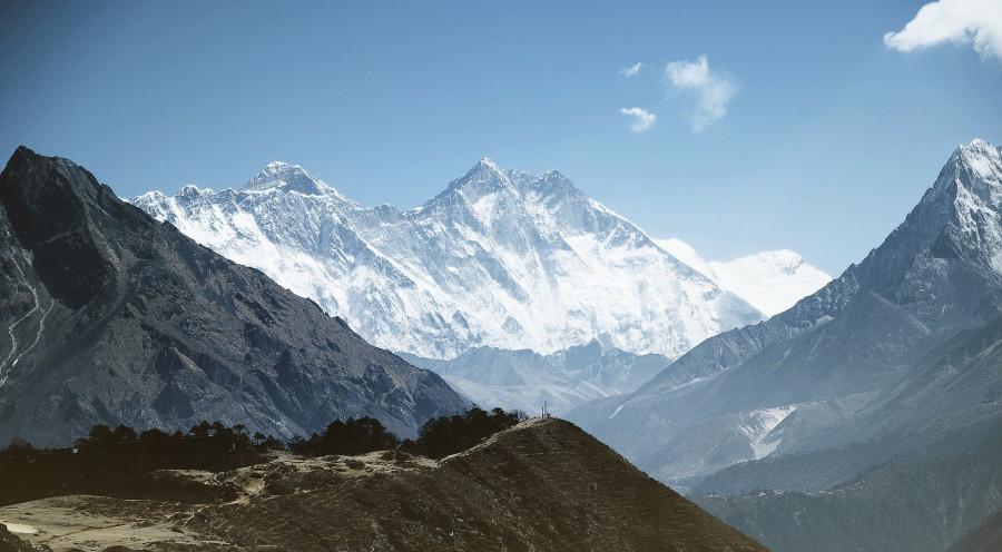 ForPost - Новости : На вершине Эвереста появится «разделительная линия» из-за коронавируса