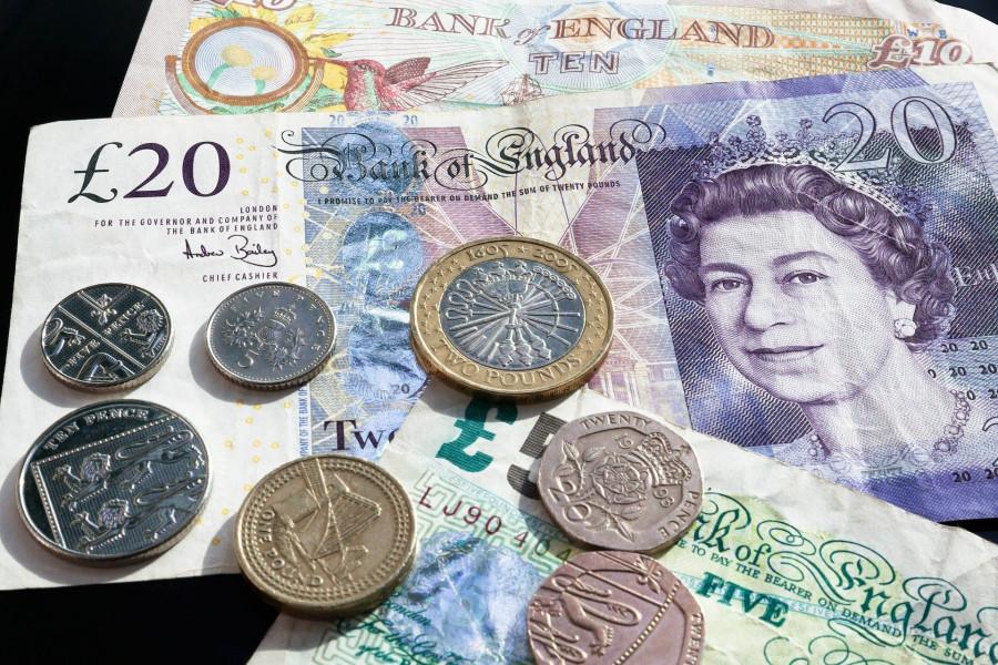 ForPost - Новости : Британская компания пообещала работникам премию, теперь ей светит огромный штраф