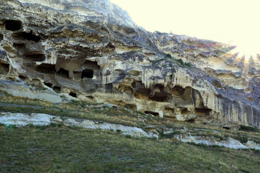 ForPost - Новости : Загайтанские пещеры и дома в Инкермане спасли от железной дороги
