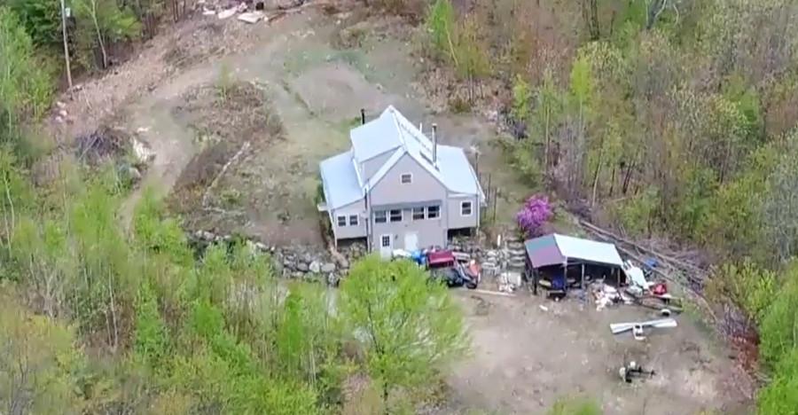 ForPost - Новости : Семья обнаружила неизвестный скелет в доме умершего отца