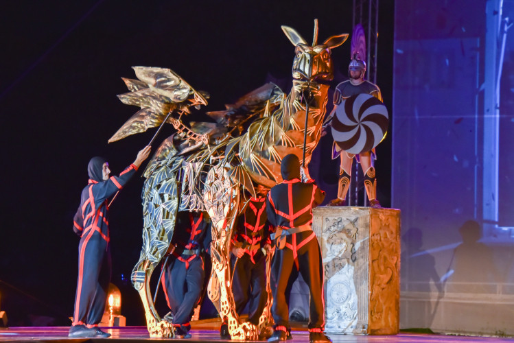 ForPost - Новости : В Херсонесе проведут рекордное количество показов спектакля «Грифон»