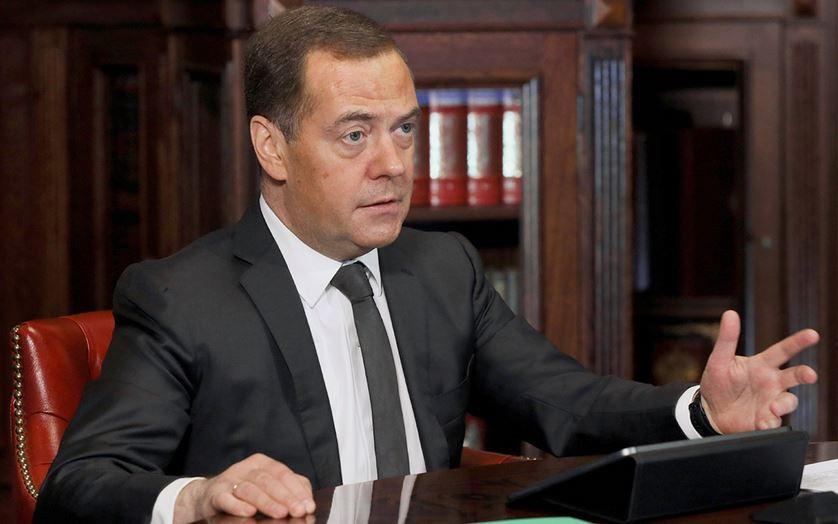 ForPost - Новости : Медведев объяснил свои слова об обязательной вакцинации против COVID-19