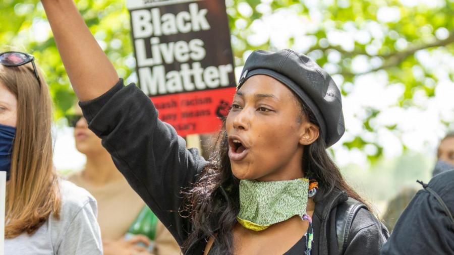 ForPost - Новости : Активистку BLM подстрелили в Лондоне