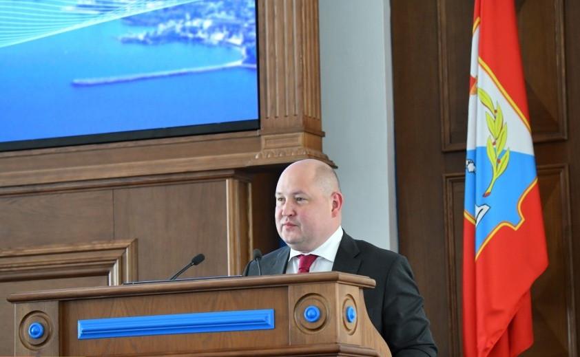 ForPost - Новости : Губернатор Севастополя отчитался перед депутатами