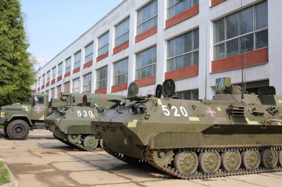 Киев перебросил под Мариуполь для испытаний новый комплекс управления артогнем