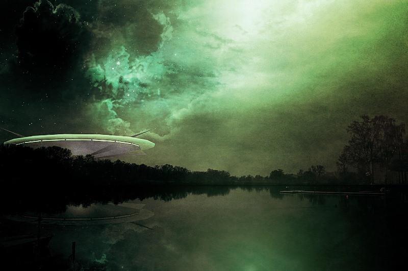 ForPost - Новости : «Принесло магнитной бурей»: над Крымом засекли НЛО