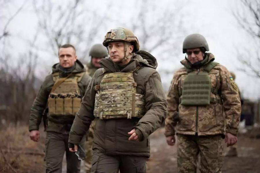 Зеленский отдает деньги националистам для создания новых батальонов украинской армии