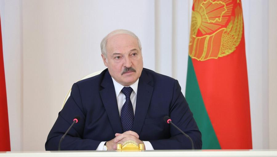 ForPost - Новости : Лукашенко назвал санкции на транзит российского газа выстрелом в ногу Европе