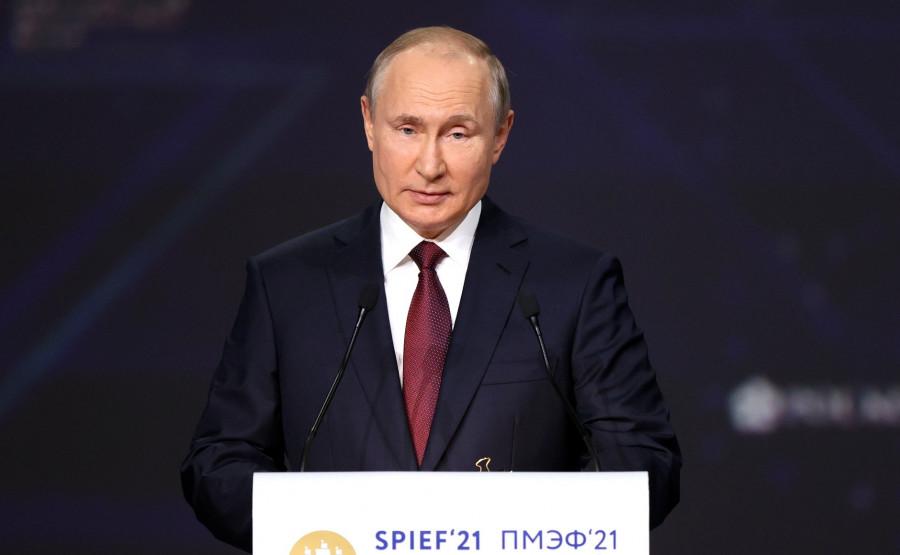 ForPost - Новости : Путин назвал севастопольцев самыми верными своему городу