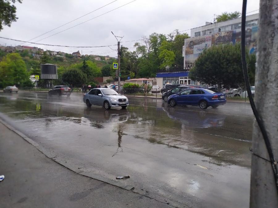 ForPost - Новости : Севсети #1247: Старые лужи на новых дорогах, сомнительная безопасность и неизвестный Севастополь