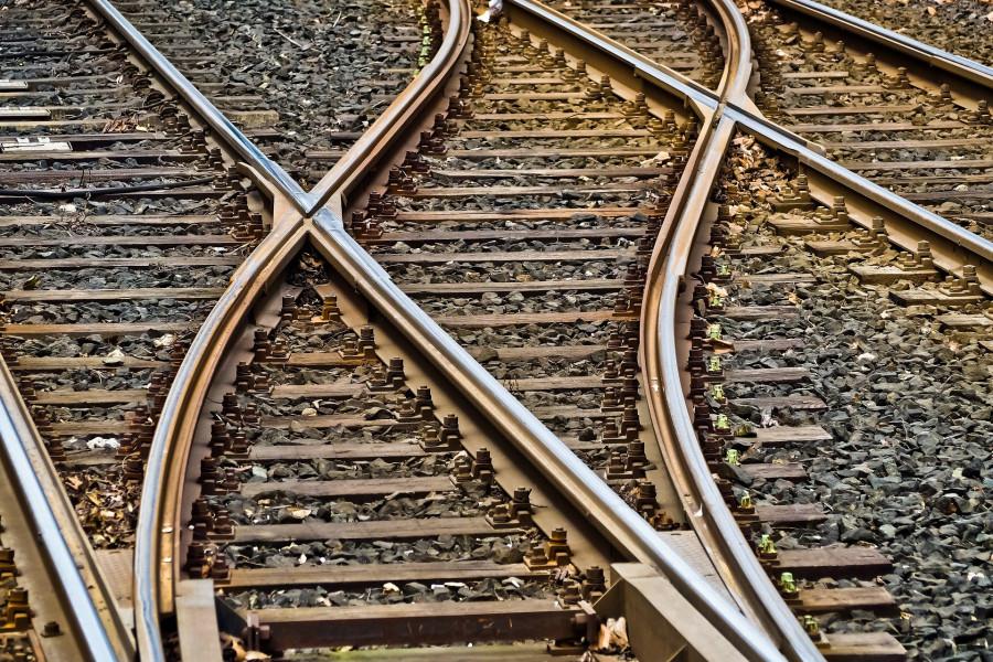 ForPost - Новости : В Китае поезд наехал на железнодорожников, люди погибли