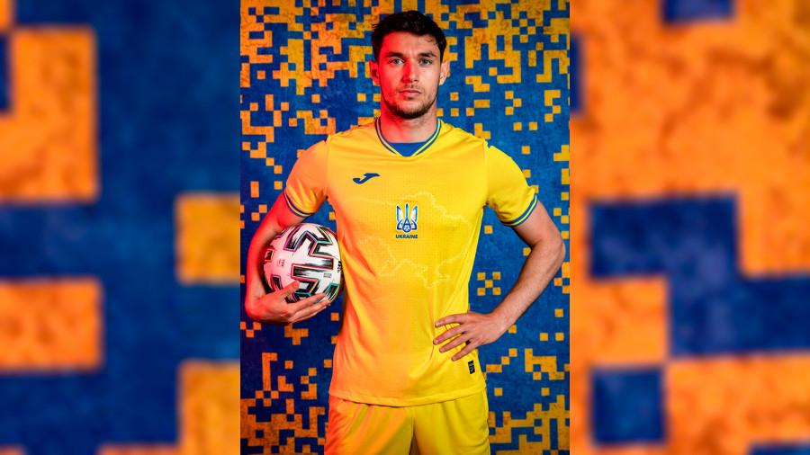 ForPost - Новости : «Пришитый» на футбольной форме украинской сборной Крым предлагают считать рекламой
