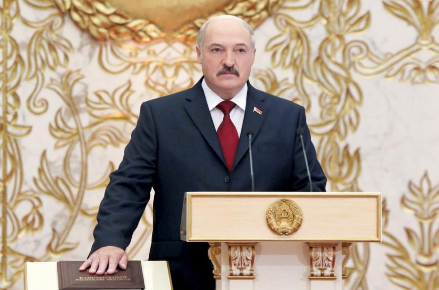 Лукашенко заявил, когда покинет пост президента: как разыграть эту карту России