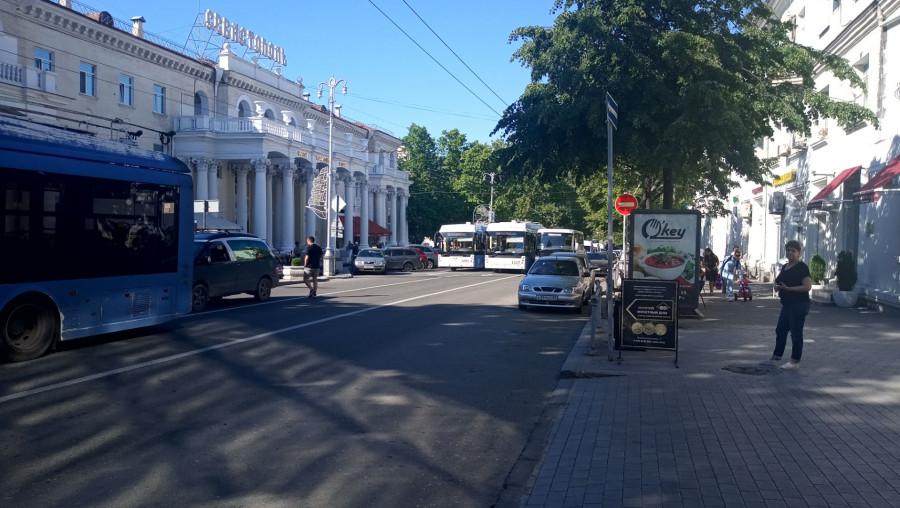 ForPost - Новости : Центр Севастополя парализован из-за автомобильной аварии