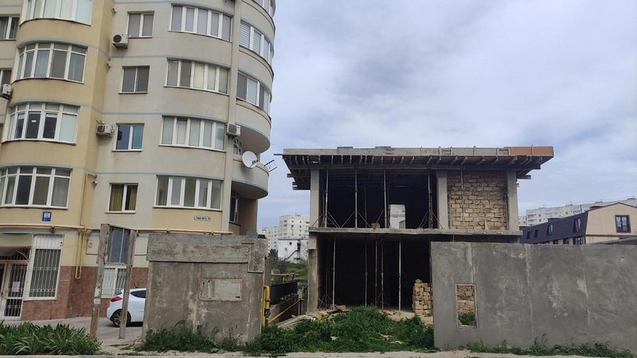 ForPost - Новости : Власти в Севастополе не оценили образец «гениального зодчества»