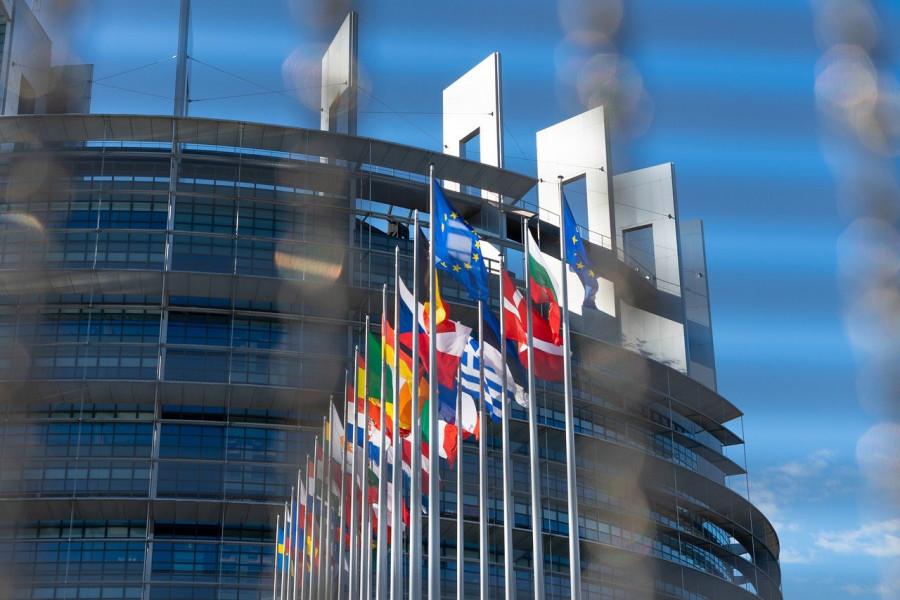 «Соберите ваши предложения и сложите их в одно место»: Янукович и лицемерие Европы