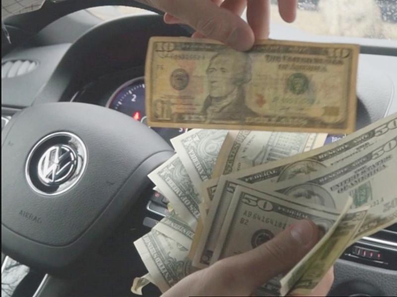 ForPost - Новости : Валютного менялу из Ялты немного оштрафуют за пару миллионов прибыли