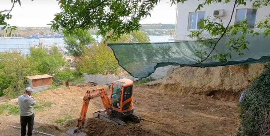 ForPost - Новости : Старый Севастополь на оползнях застраивают частными коттеджами