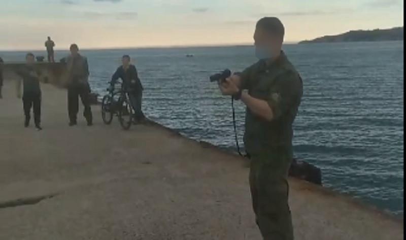 ForPost - Новости : Неизвестные в камуфляже угрожали оружием рыбакам в Крыму