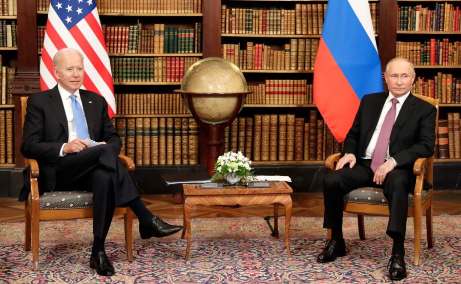 ForPost - Новости : «Показаться в Женеве — недостаточно»: на Западе критикуют Байдена за саммит с Путиным