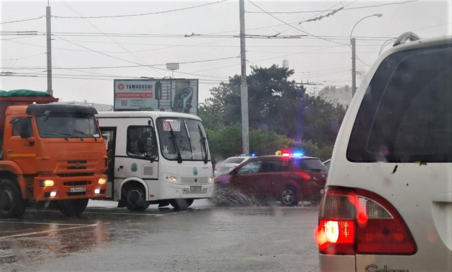 ForPost - Новости : Куда севастопольцам обращаться с проблемами из-за потопа