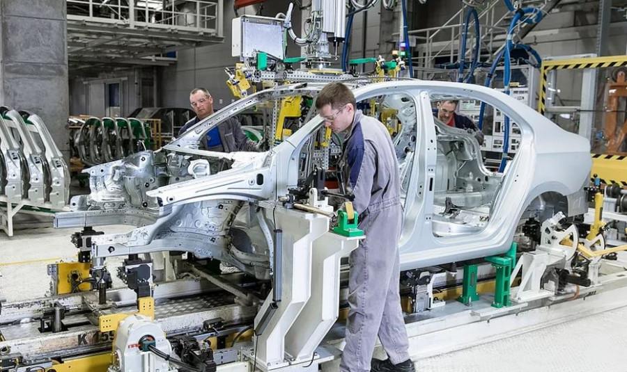 ForPost - Новости : Volkswagen остановил сборку в Нижнем Новгороде из-за дефицита чипов