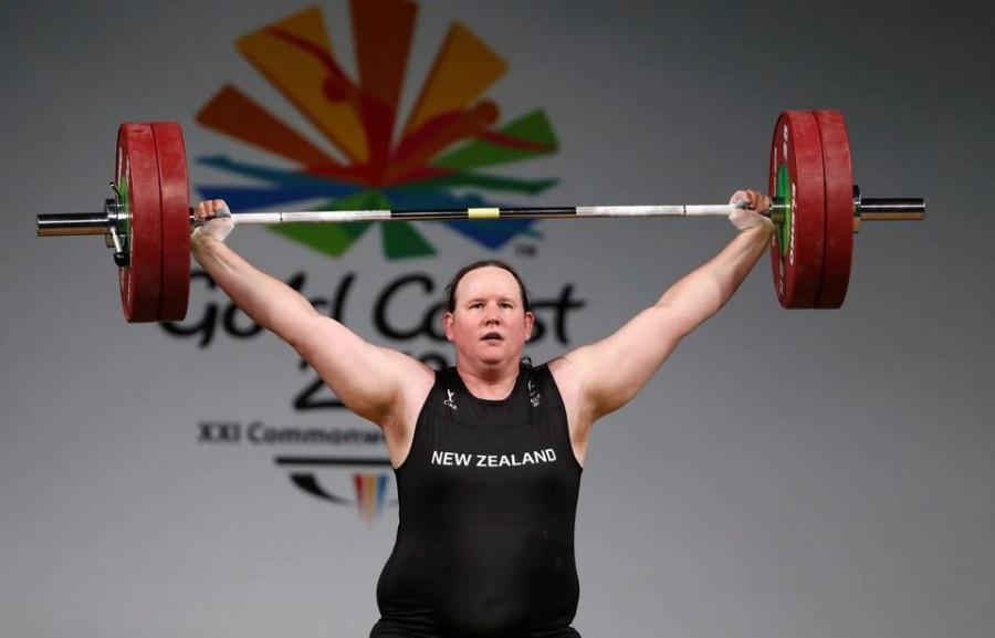 ForPost - Новости : На Олимпиаде в Токио выступит первая штангистка-трансгендер
