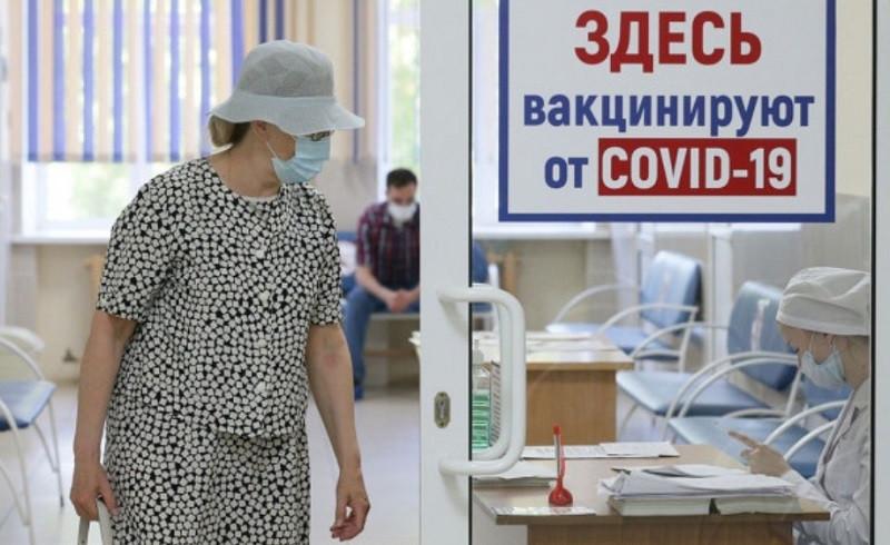 ForPost - Новости : Повторная вакцинация в России объявлена неизбежной