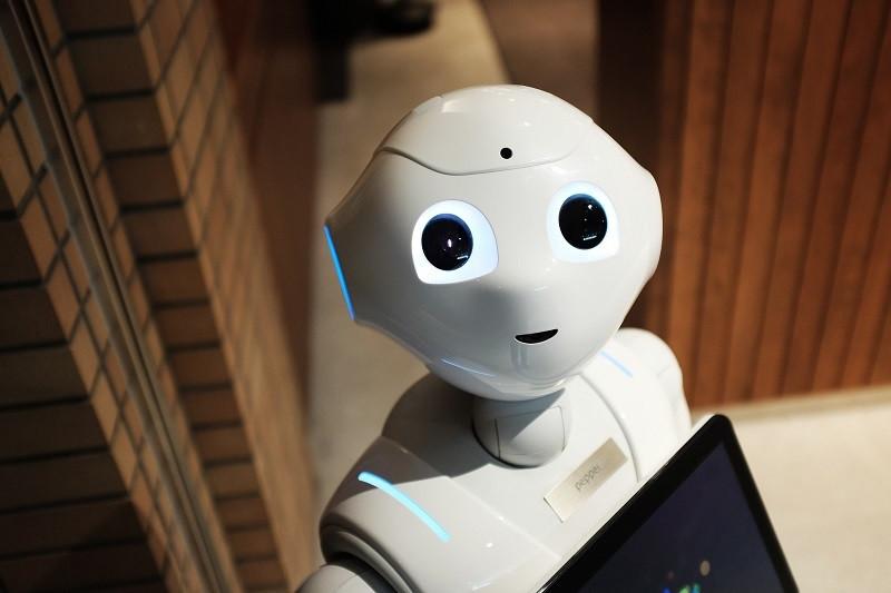 ForPost - Новости : Россияне объяснили, почему испытывают страх перед роботами