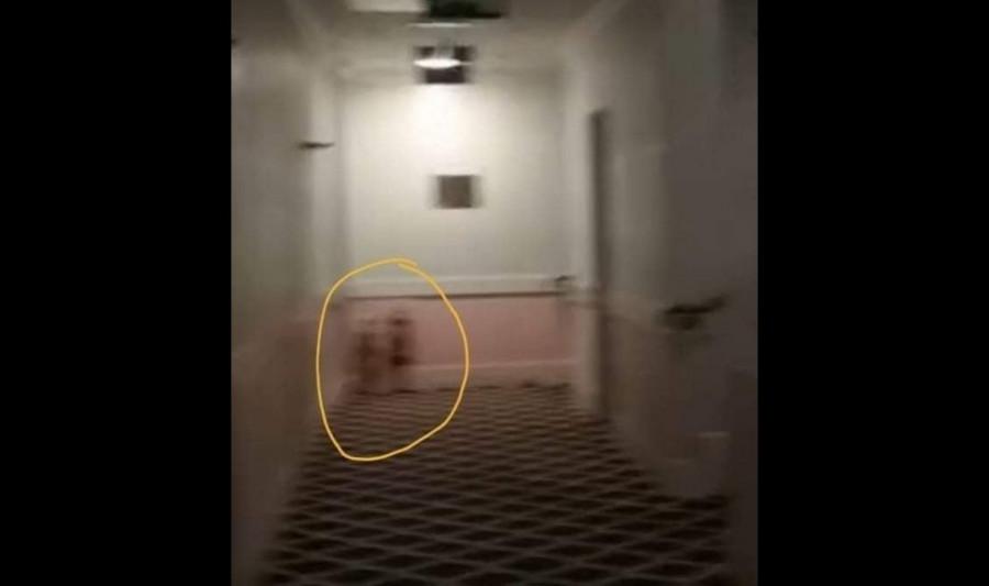 ForPost - Новости : Охотники за привидениями обнаружили в гостинице «близняшек из «Сияния»