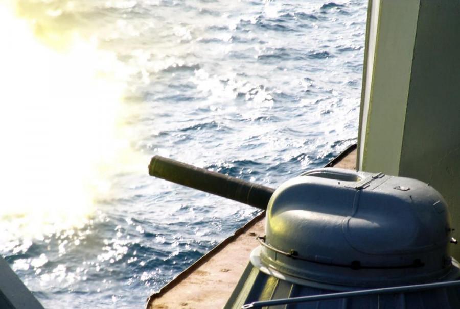ForPost - Новости : Опубликовано видео «охоты» пограничников Севастополя за британским эсминцем