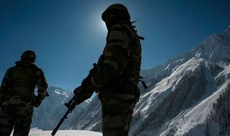 Эксперты опасаются начала войны на границе Индии и Китая