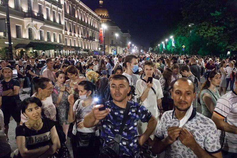 ForPost - Новости : Роспотребнадзор потребовал запретить все массовые мероприятия в России