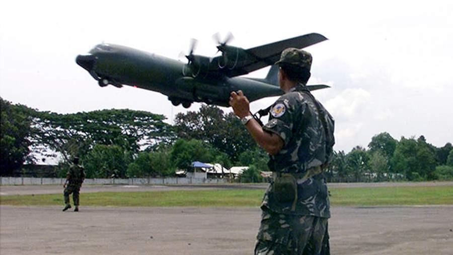 ForPost - Новости : Самолет с десятками военных разбился на Филиппинах
