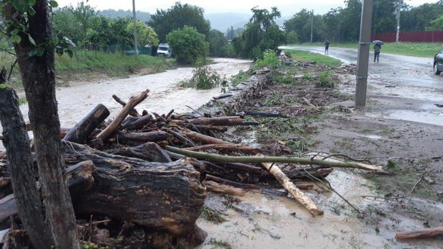 ForPost - Новости : Севастопольские реки выходят из берегов из-за дождя, власти создали оперативный штаб
