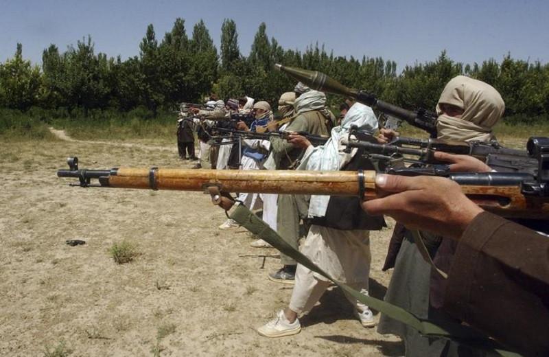 Обвал: наступление талибов и новые игроки в Афганистане