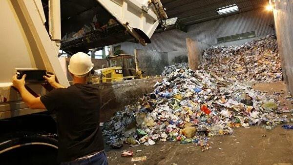 ForPost - Новости : Магазины и рынки Севастополя теперь займутся и мусором