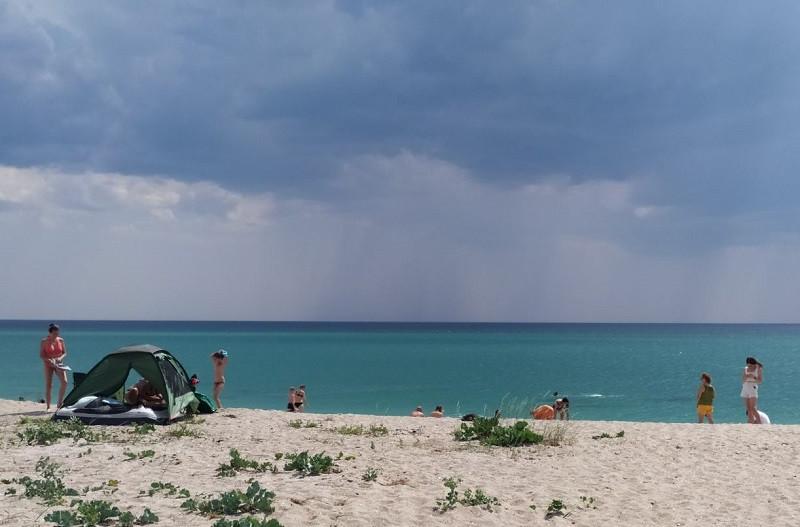 ForPost - Новости : Сильный ветер резко охладил море у берегов Крыма