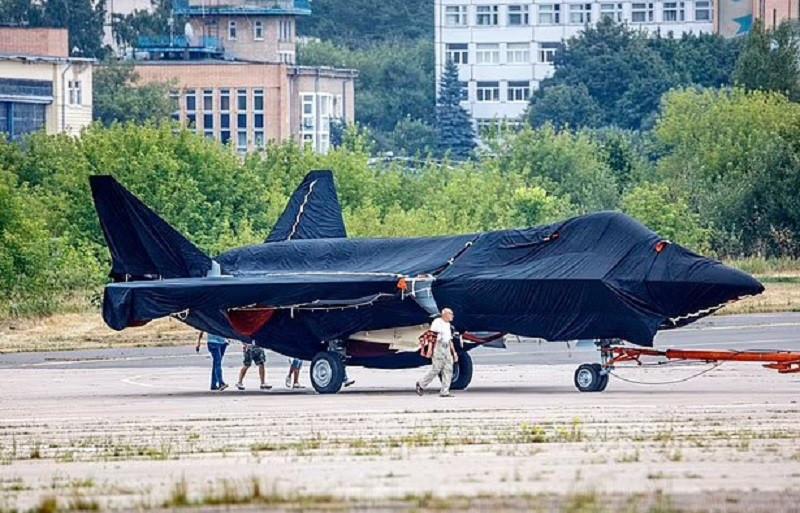 ForPost - Новости : «Работает на водке»: на Западе взбудоражены из-за нового российского истребителя. Видео