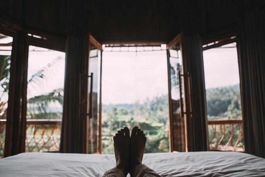 ForPost - Новости : Из-за редкого заболевания мужчина спит по 25 дней подряд