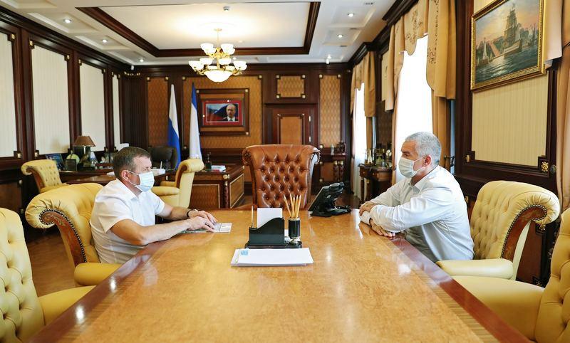 ForPost - Новости : Два крымских министра подали в отставку в один день