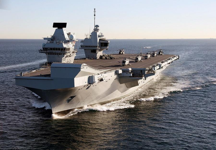 Британия специально проведёт свои корабли через спорные воды