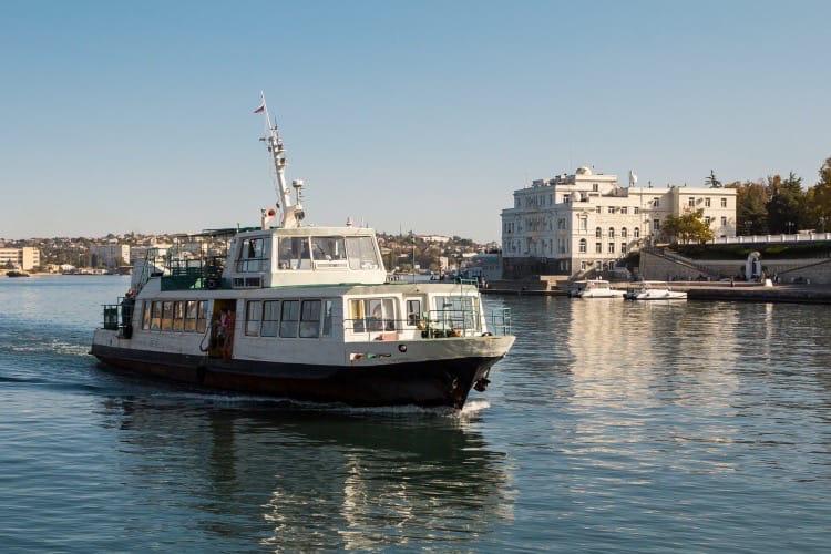 ForPost - Новости : Катера и паромы временно перестанут ходить через Севастопольскую бухту