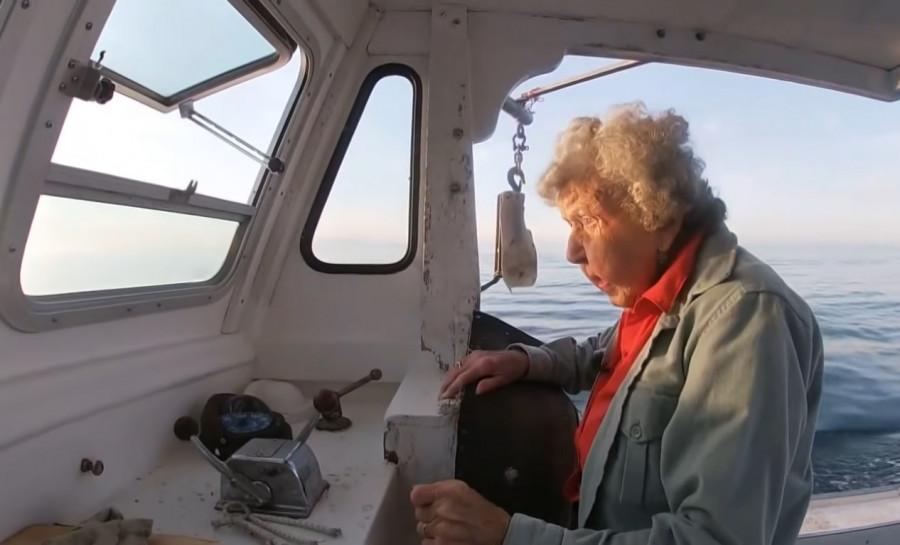 ForPost - Новости : 101-летняя женщина назвала море секретом своего долголетия