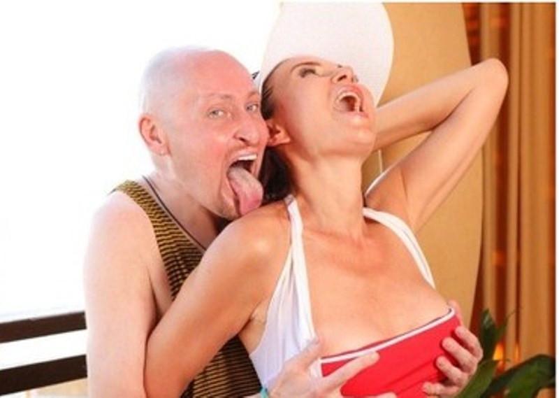 ForPost - Новости : Бледанс с Шурой устроили эротическую фотосессию в Крыму