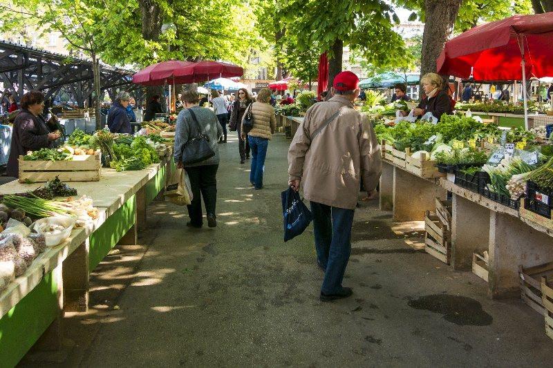 ForPost - Новости : Москва поможет Крыму остановить рост цен на фрукты и овощи