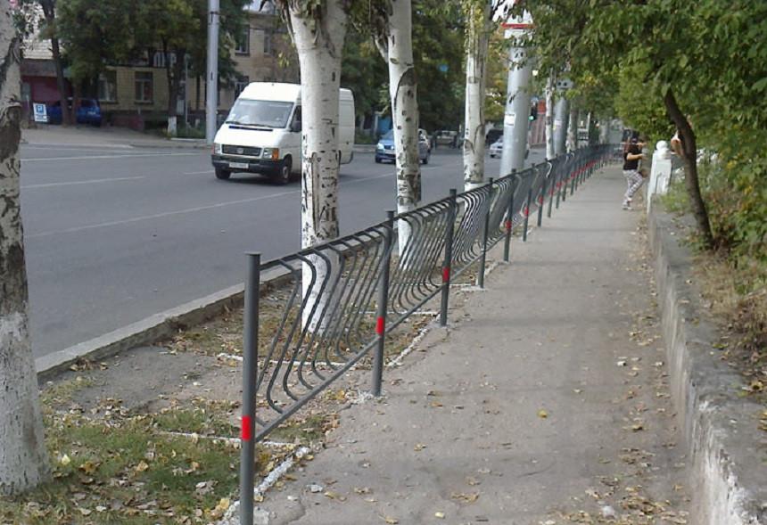 ForPost - Новости : Избавится ли Севастополь от уродливых дорожных ограждений