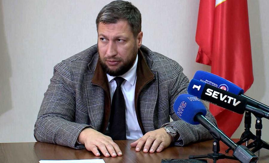ForPost - Новости : Задержанный за коррупцию в севастопольской медицине чиновник становится еще богаче