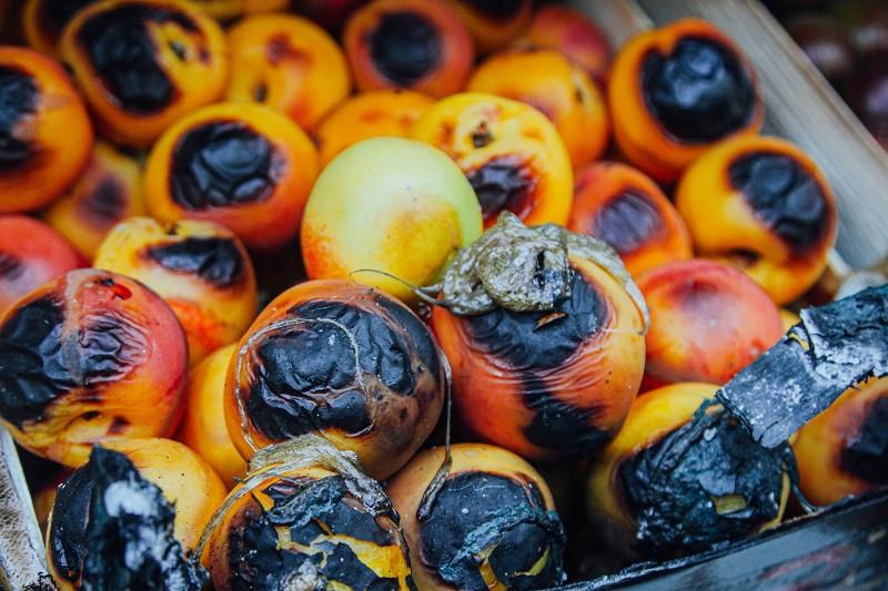ForPost - Новости : 21 павильон сгорел на севастопольском рынке